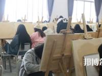 四川托普计算机职业学校2021年招生办联系电话